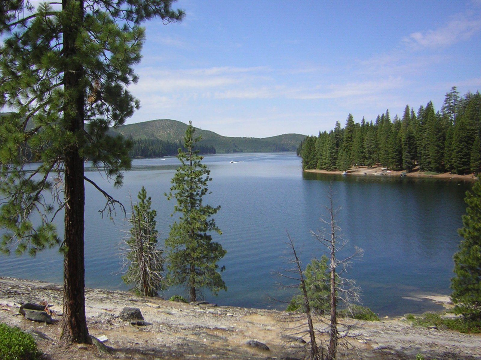 Camping trip california 39 s eldorado national forest slow for Union valley reservoir fishing