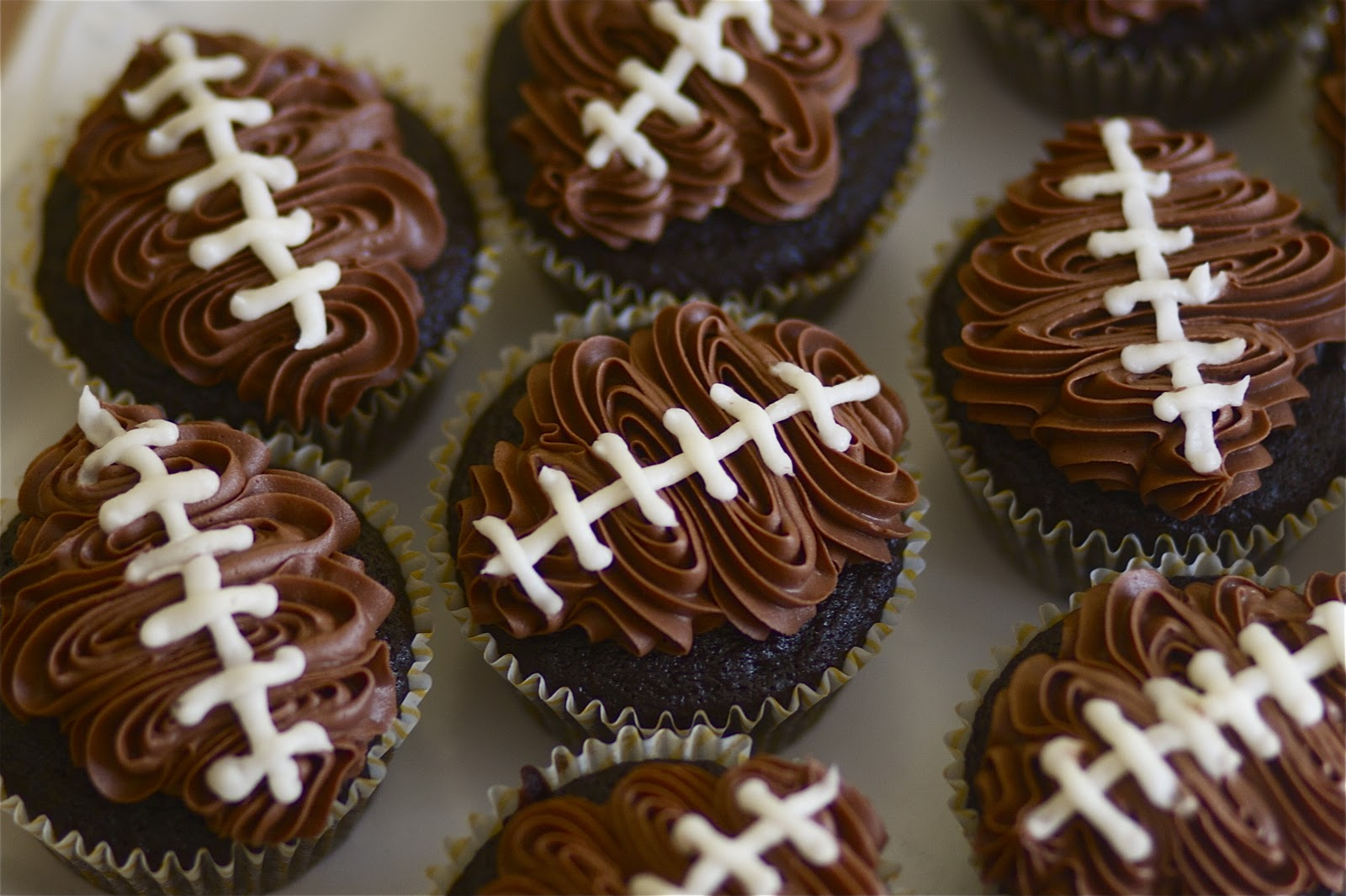 Double_chocolate_football_cupcakes
